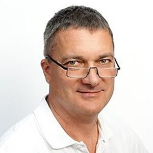 Dr József tóka - Zahnarzt - Implantologe - Sopron