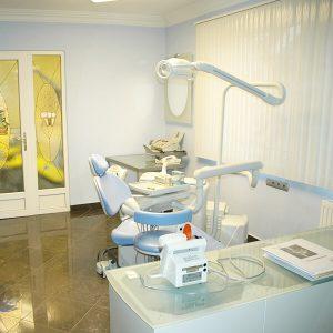 Zahnarztstuhl - Alphadent